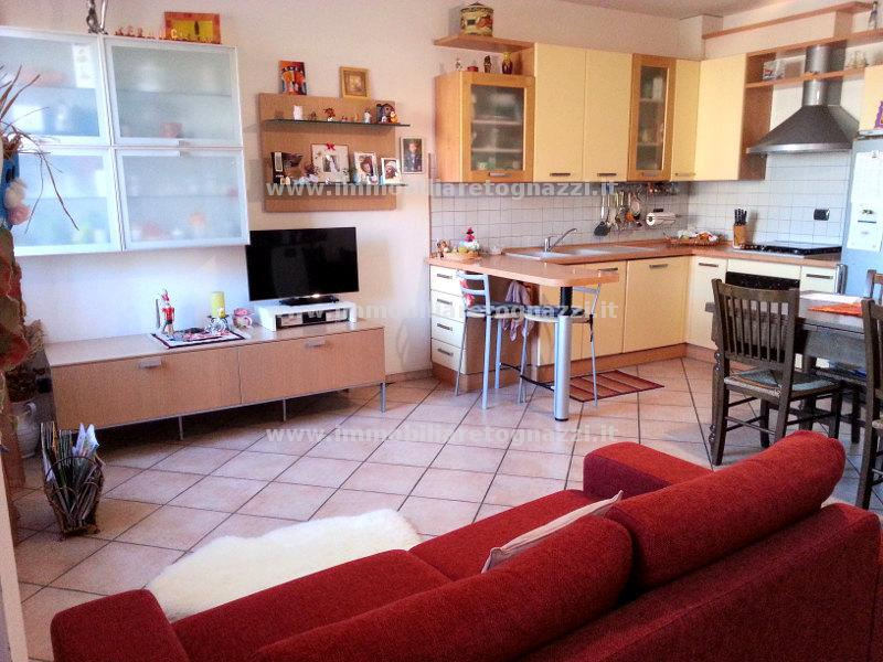 Appartamento in vendita a San Gimignano, 3 locali, prezzo € 160.000   CambioCasa.it