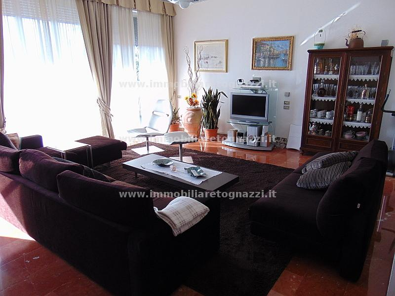 Vai alla scheda: Appartamento Vendita - Gambassi Terme (FI) - Codice 16023