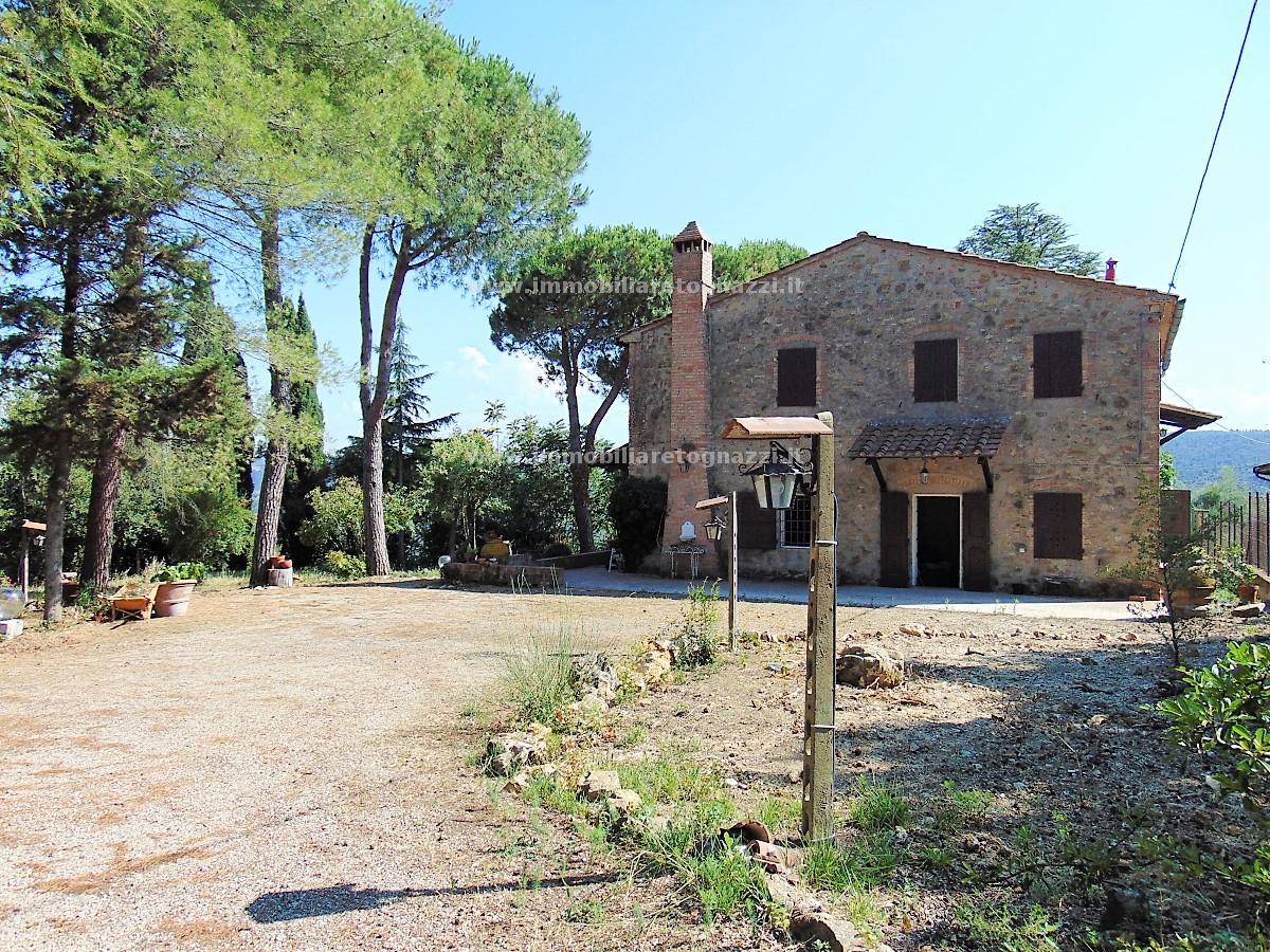 Vai alla scheda: Rustico / Casale / Corte Vendita - Gambassi Terme (FI) - Codice 170710