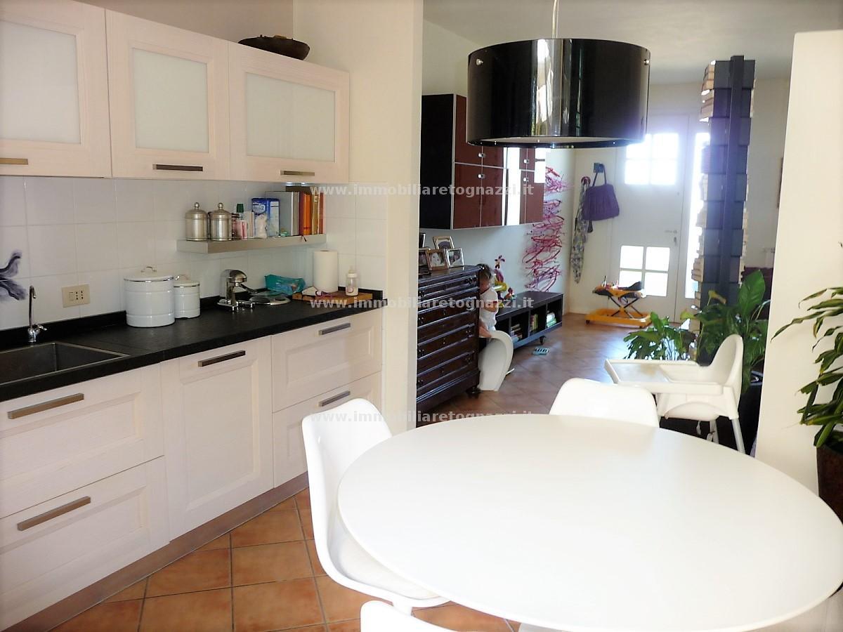 Villa a Schiera in Vendita a Montaione