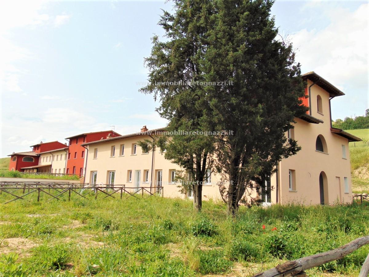 Full content: Townhouse Sell - Castelfiorentino (FI) - Code 18053