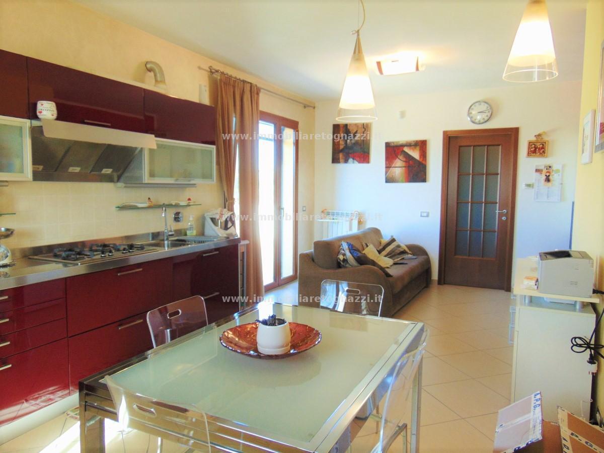 Vai alla scheda: Appartamento Vendita - Castelfiorentino (FI) - Codice -180915