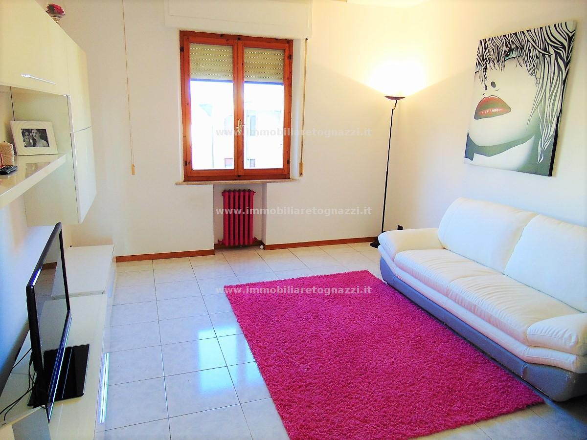 Appartamento in vendita a Poggibonsi, 4 locali, prezzo € 168.000 | PortaleAgenzieImmobiliari.it