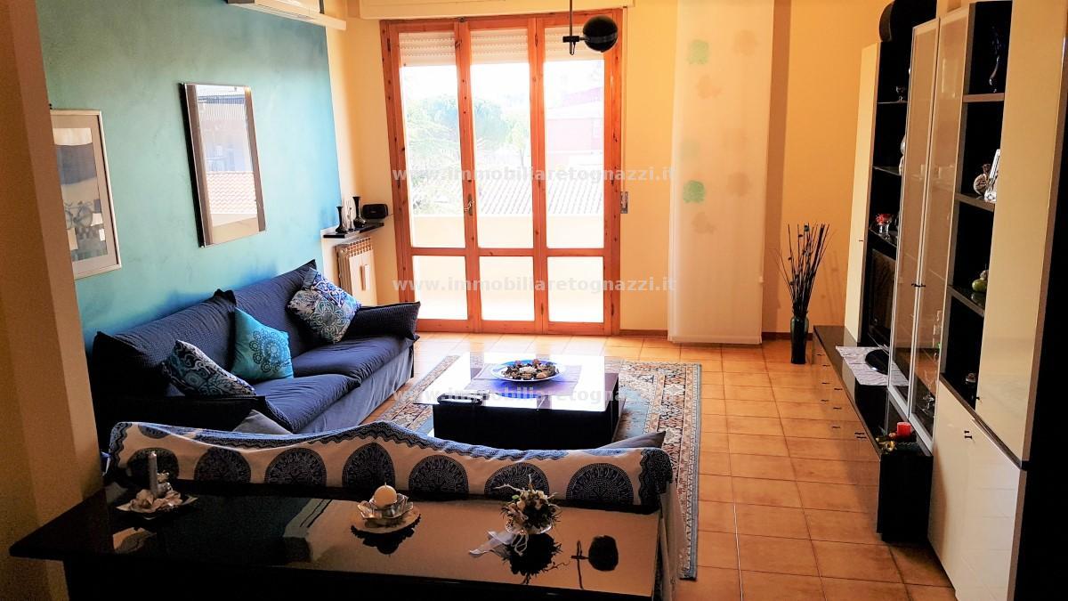 Appartamento in vendita a Castelfiorentino, 4 locali, prezzo € 128.000 | CambioCasa.it