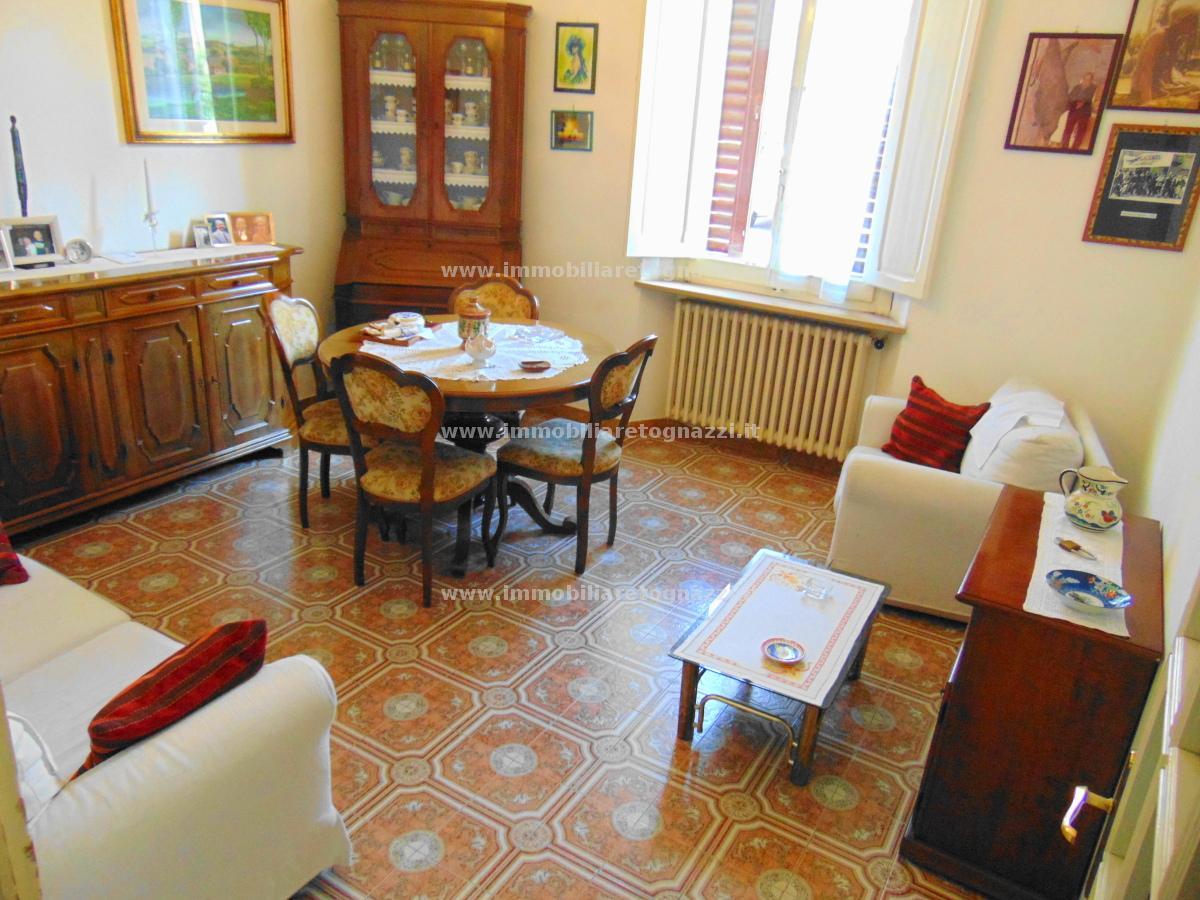 Villa a Schiera in vendita a Poggibonsi, 8 locali, prezzo € 350.000 | PortaleAgenzieImmobiliari.it