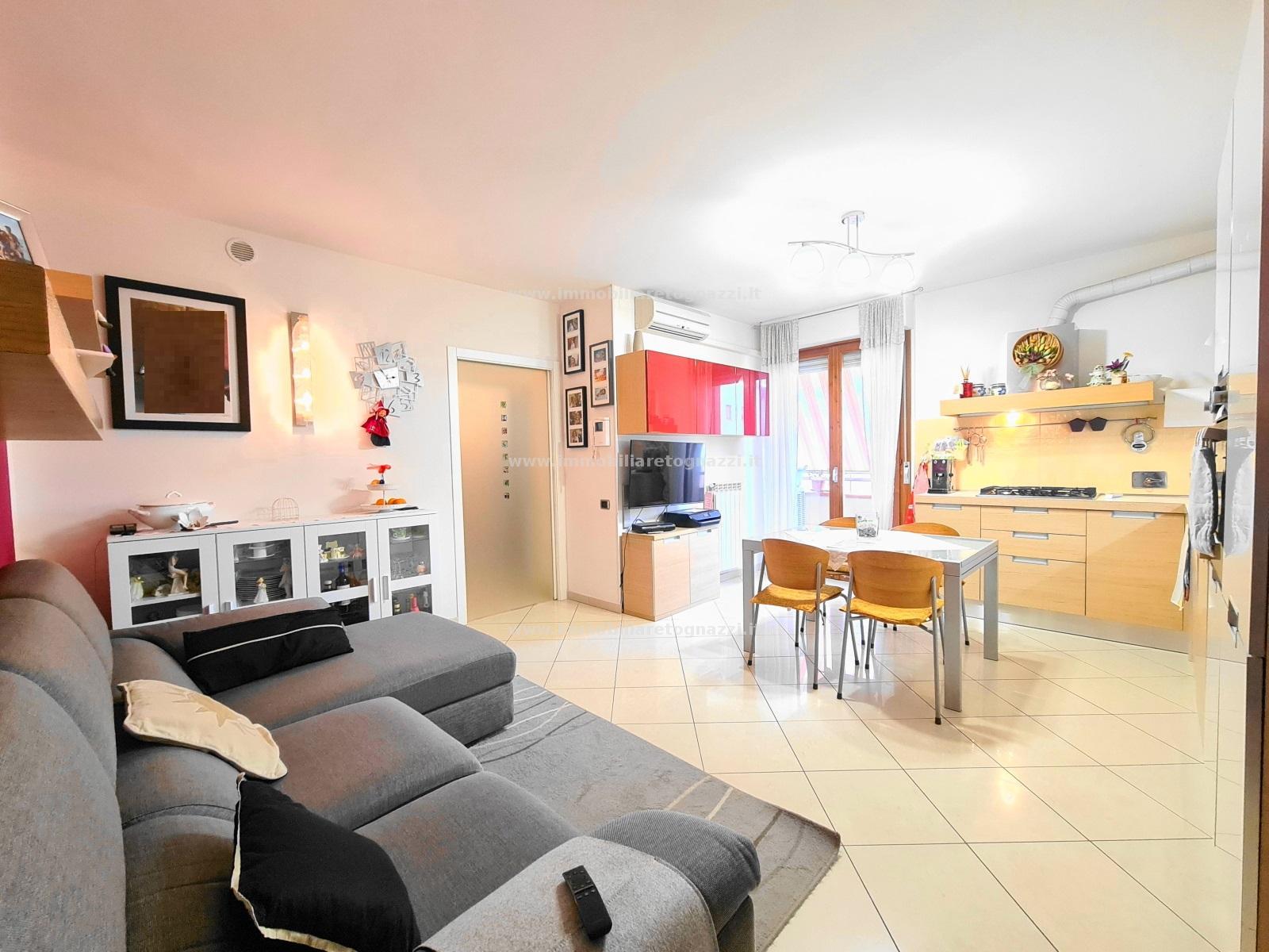 Appartamento in vendita a Certaldo, 3 locali, prezzo € 139.000   CambioCasa.it