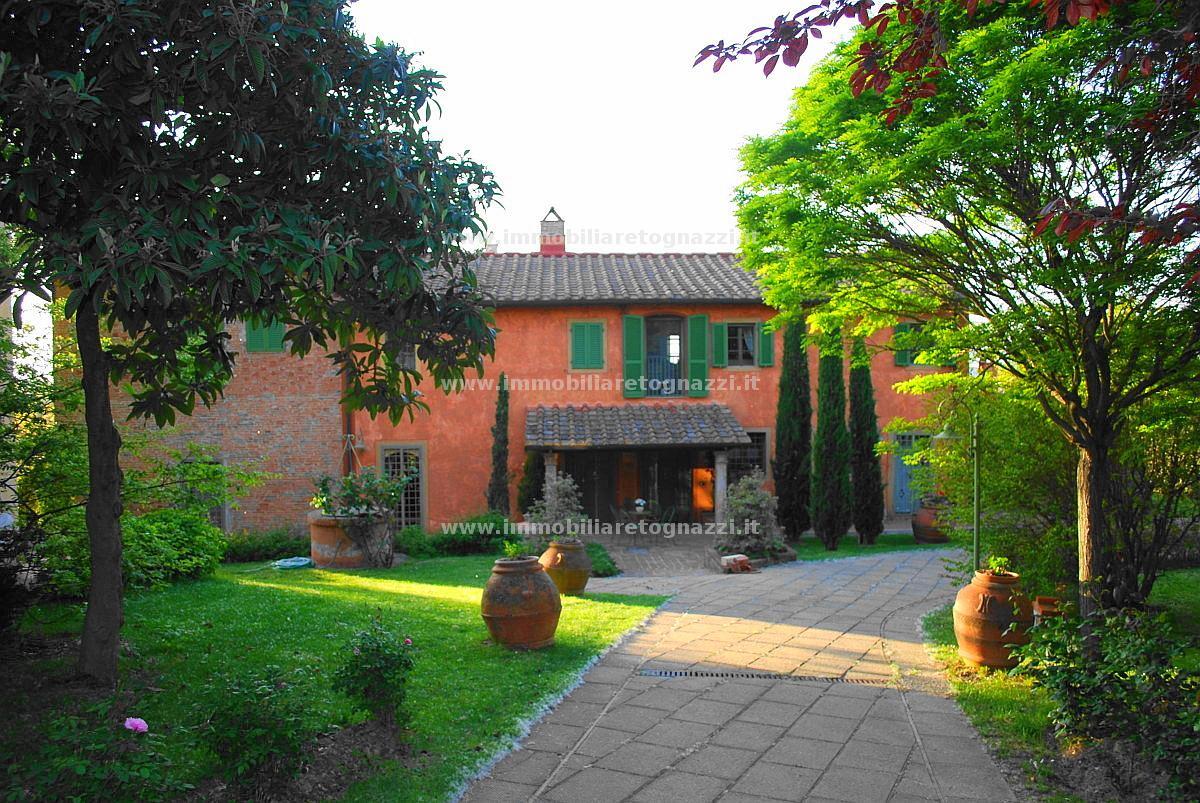 Vai alla scheda: Villetta bifamiliare Vendita - Pontedera (PI) - Codice 31101