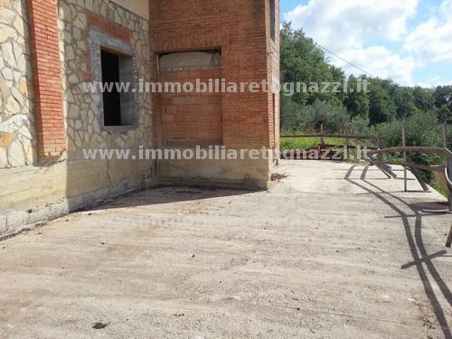 Villa a Schiera in vendita a Montespertoli, 4 locali, prezzo € 129.000   CambioCasa.it