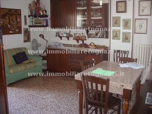 Appartamento in vendita a Certaldo, 4 locali, prezzo € 160.000 | PortaleAgenzieImmobiliari.it