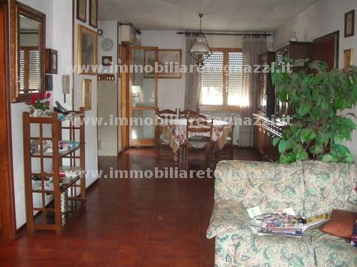 Appartamento in vendita a Certaldo, 5 locali, prezzo € 200.000 | PortaleAgenzieImmobiliari.it